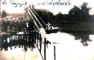 Bootsrutsche-am-Gemeindeteich-1911-Postkarte-von-B-Knittel