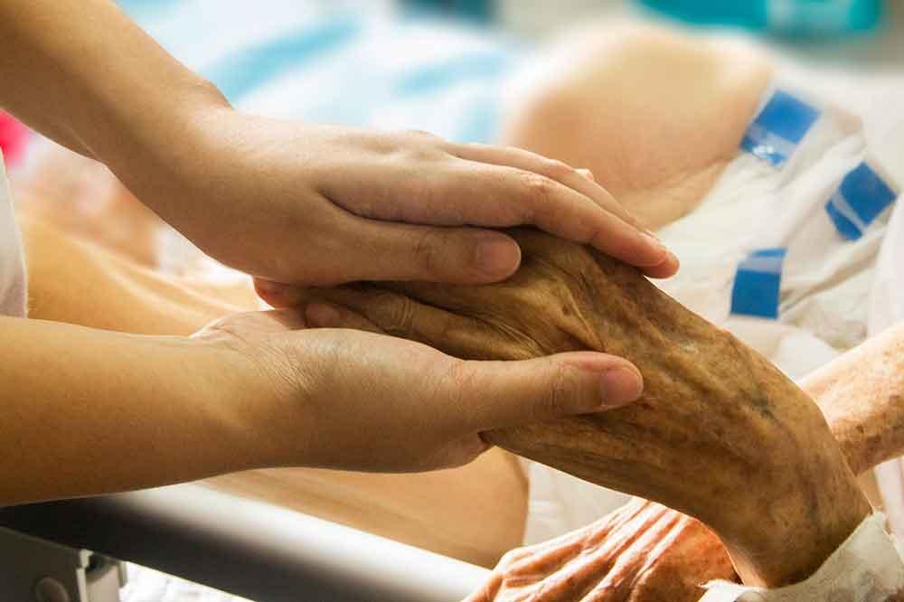 Kurs zum Ehrenamtlichen Hospizbegleiter beginnt