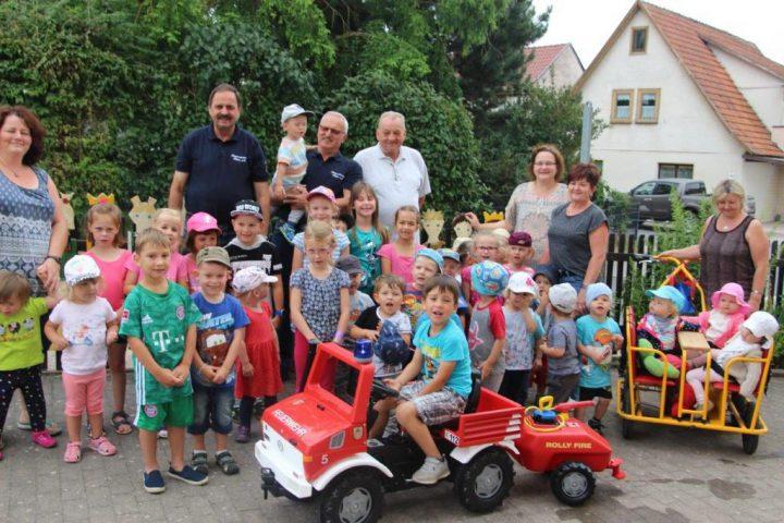 Feuerwehrauto-fuer-Kindergarten-Haina