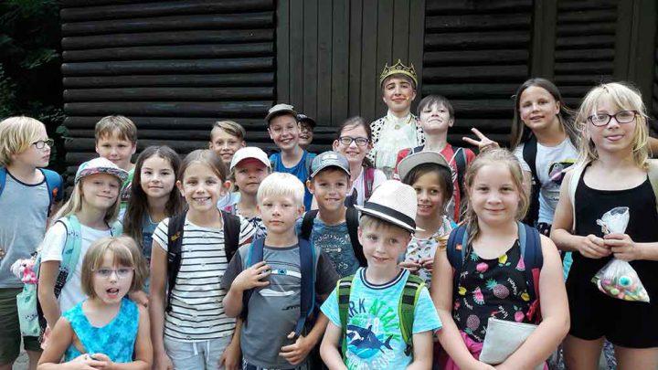 Hortkinder-Hellingen-Besuch-Heldtritt