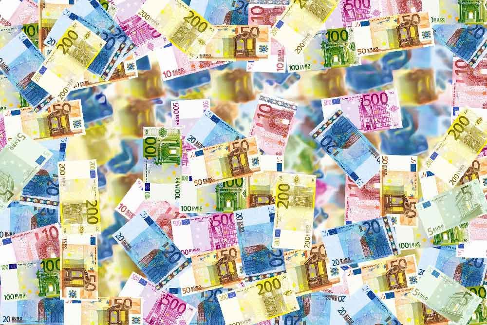 50 Milliarden Euro Soforthilfen für kleine Unternehmen und Solo-Selbstständige wie Künstler und Pfleger