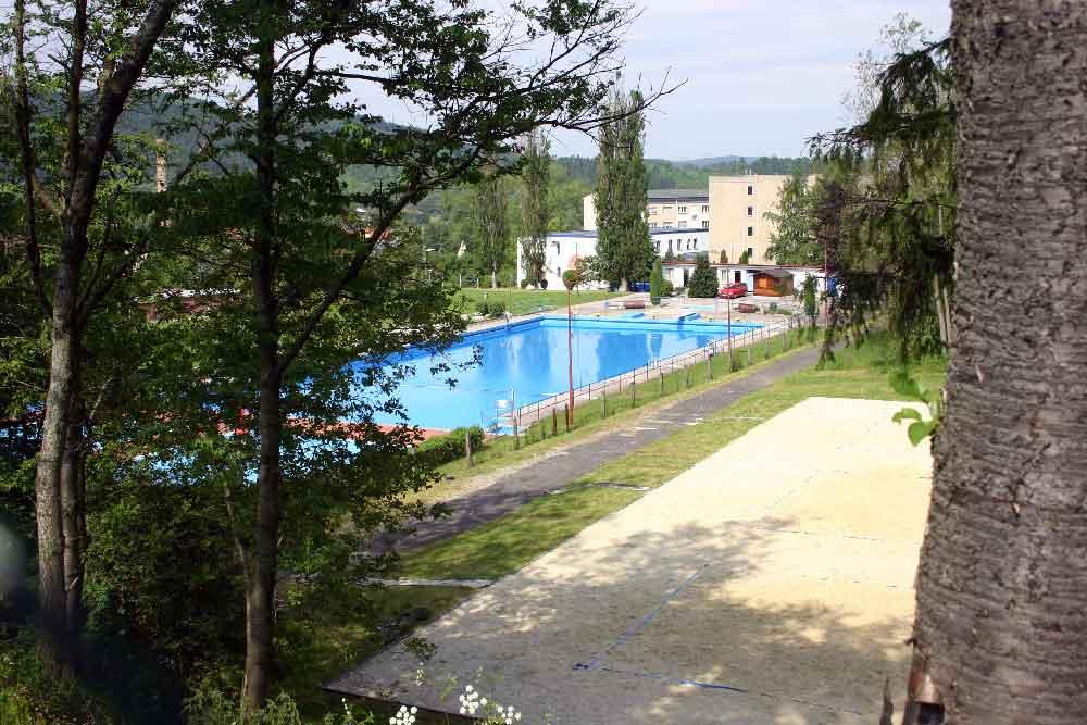 Schwimmbad in Themar ab heute geöffnet