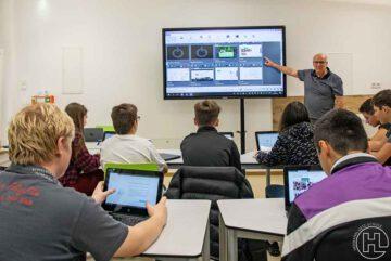 hermann-lietz-schule-digitaler-Unterricht