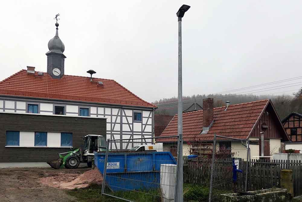 Dorferneuerung in Wallrabs sorgt für Enttäuschung
