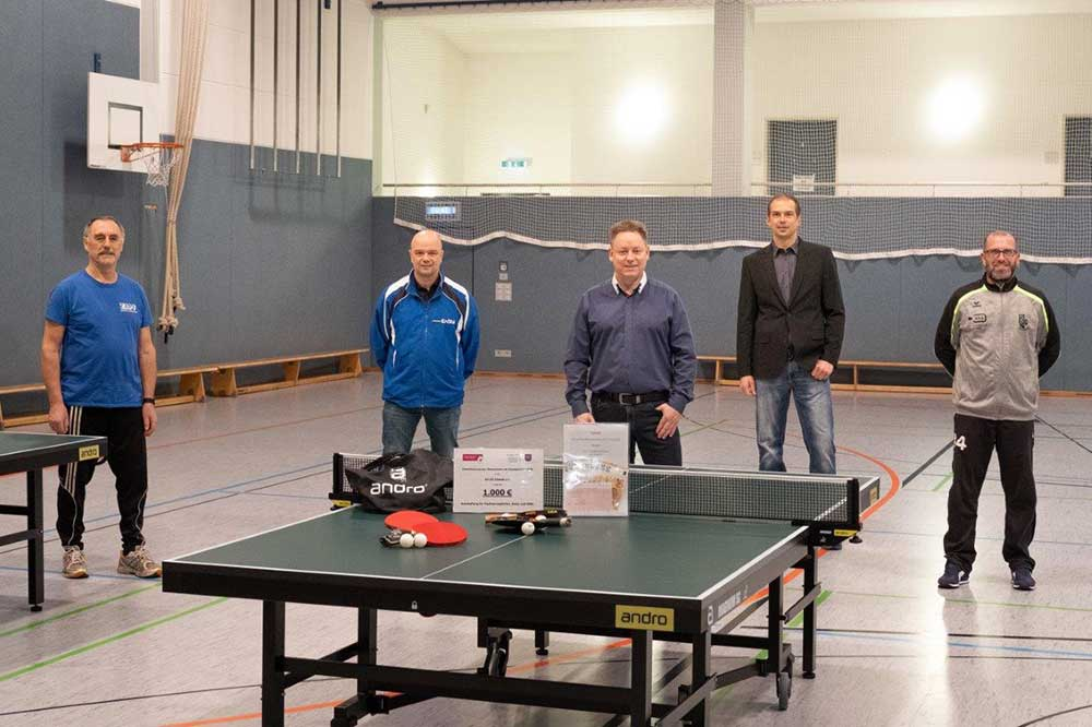 Neue Tischtennisplatten für den SV 03 Eisfeld e.V.