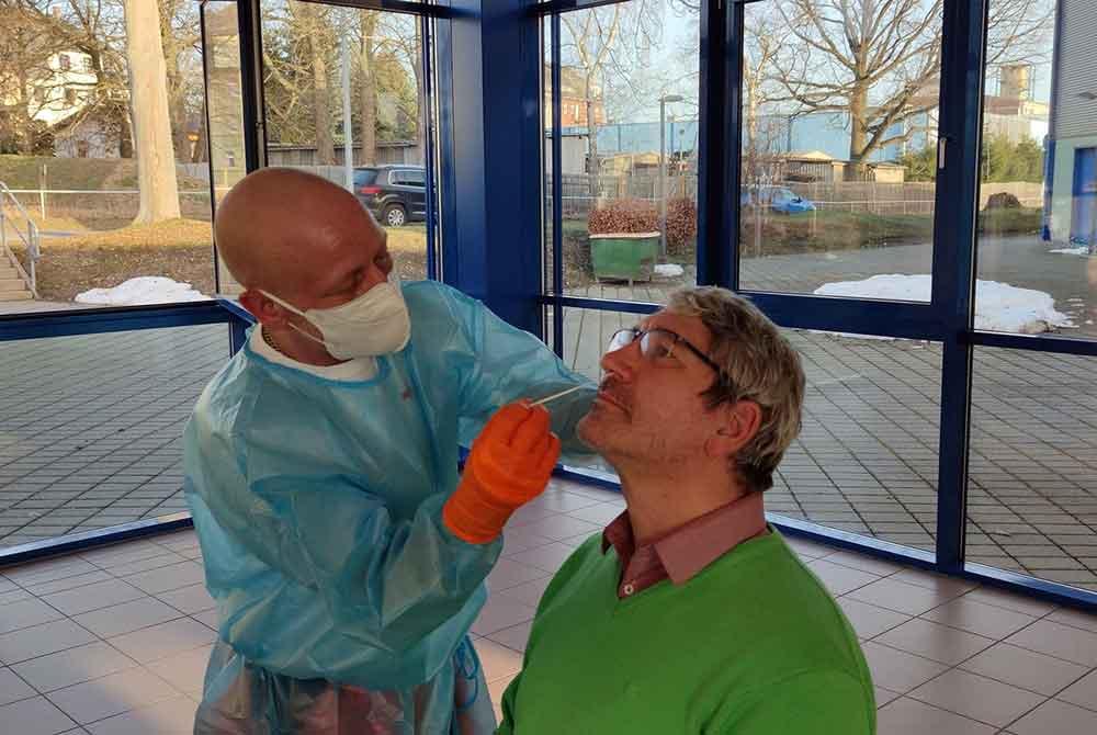Schnelltestangebote der Testzentren in Hildburghausen und Masserberg werden kurzfristig ausgeweitet