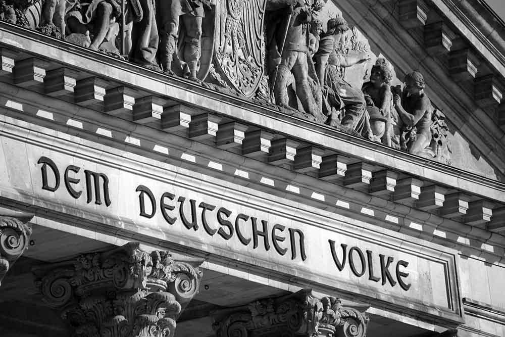 Bundestag beschließt Erleichterungen für Geimpfte und Genesene